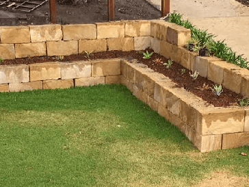 Brisbane Rock Sales B Grade Premium Retaining Wall