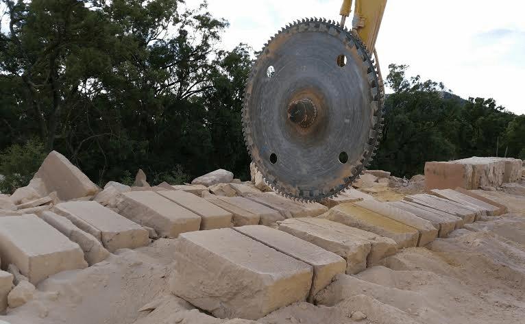 Sandstone Blocks & Boulders Yangan